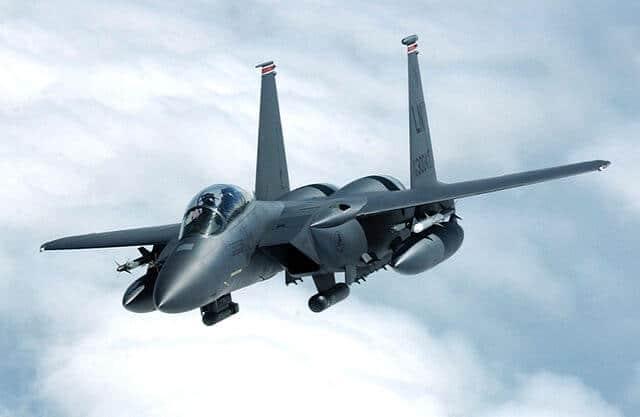Von (U.S. Air Force photo by Staff Sgt. Tony R. Tolley) - http://www.lakenheath.af.mil/shared/media/photodb/photos/040719-F-9032T-012.jpg, Gemeinfrei, Link