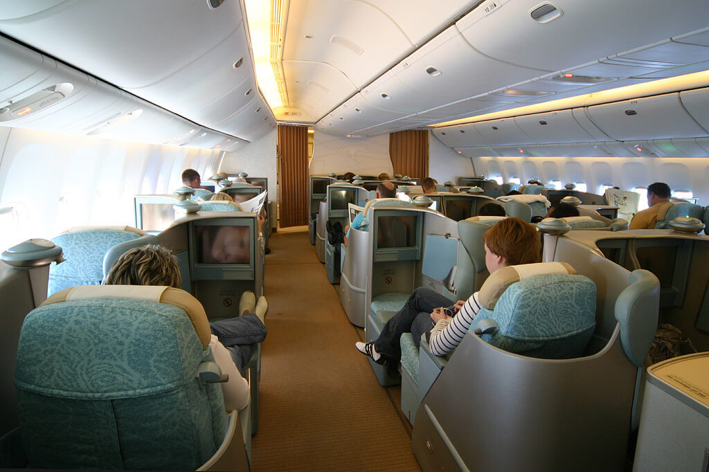 Von Konstantin von Wedelstaedt - Website: http://www.airliners.net/photo/Etihad-Airways/Boeing-777-3FX-ER/1016574/&sid=d4f84ecc772671ad13611d61ca91d0ae, GFDL 1.2, Link