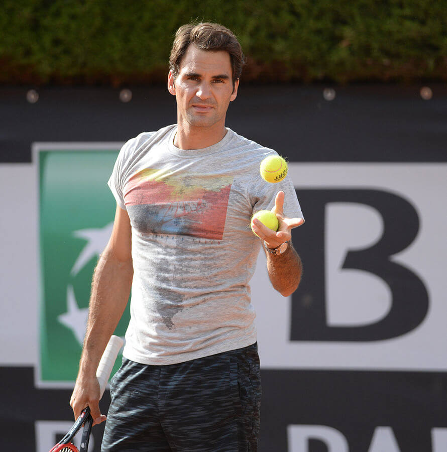 Von Tatiana from Moscow, Russia - Roger Federer, CC BY-SA 2.0, Link