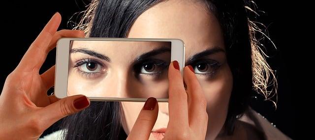 Die 10 besten Tipps für das mobile Flirten