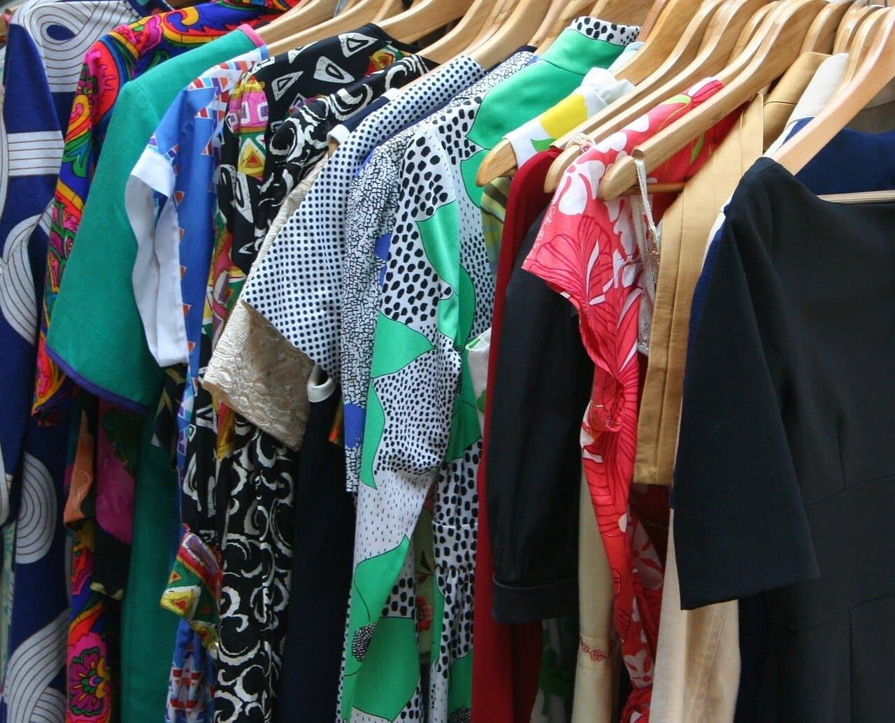 Die Top 10 der Must Haves im Kleiderschrank einer Frau