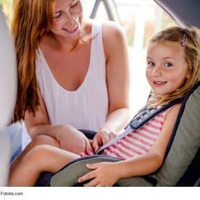 Immer sicher unterwegs: die 10 wichtigsten Sicherheitsfaktoren bei Kindersitzen