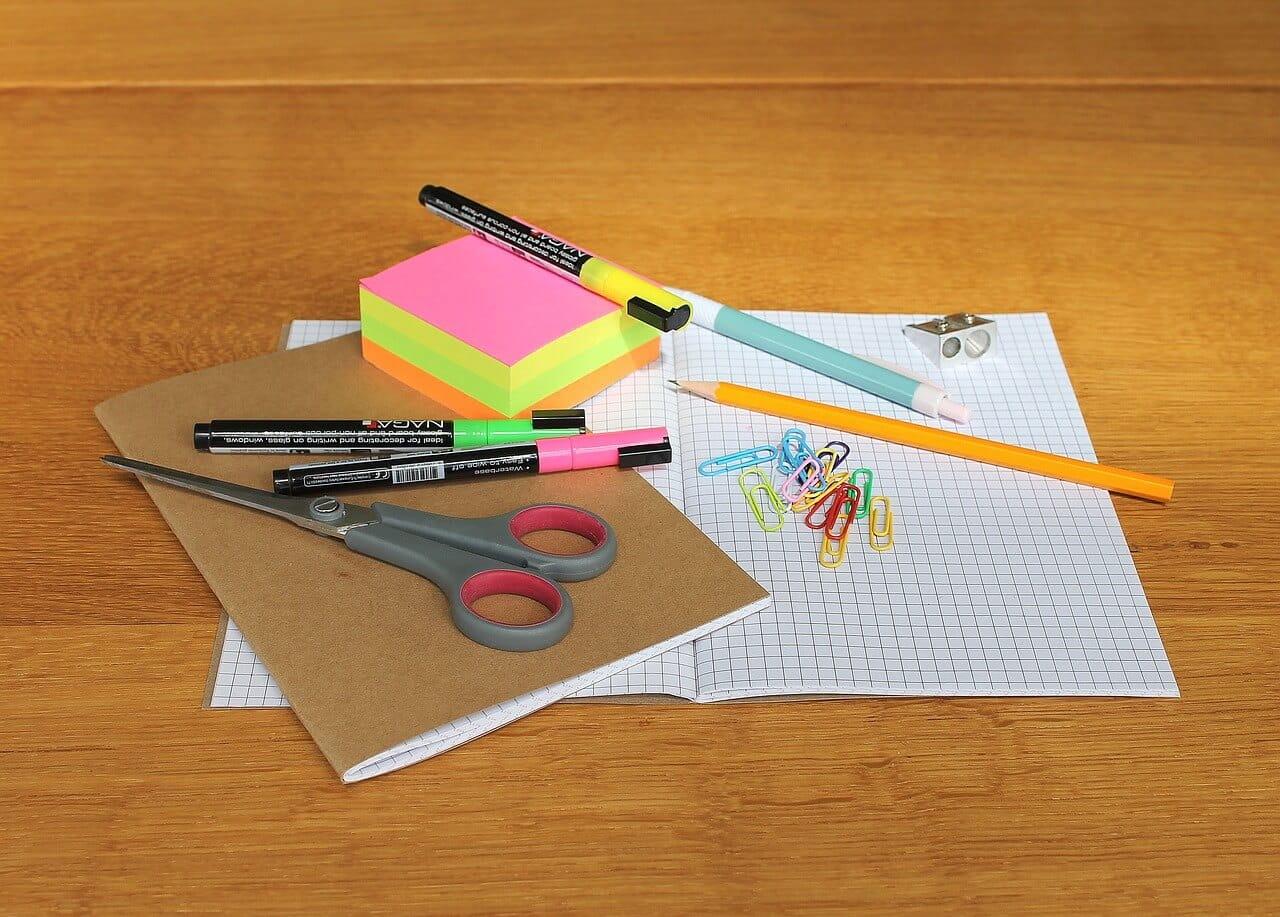 Hochwertige Broschüren & Kataloge erstellen – unsere 10 Tipps
