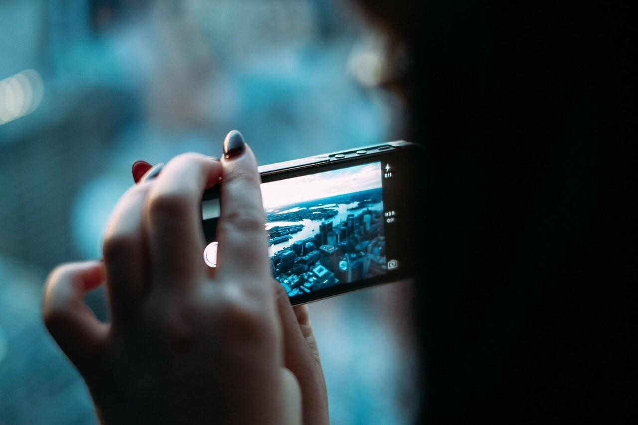 Handyverträge vergleichen und sparen – unsere 10 Tipps