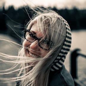 Hilfreiche Tipps für Brillenträger: Von der richtigen Pflege bis zum passenden Styling