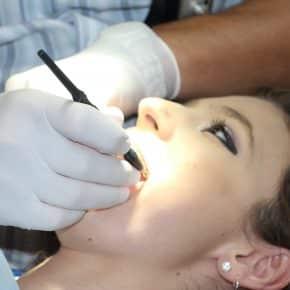 Tipps zu idealen Zahnpflege
