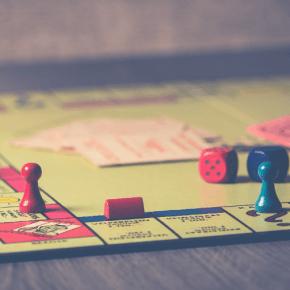 10 unterhaltsame Spiele für Zuhause
